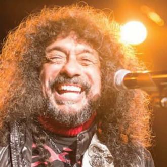 Legend rock guitarist, Javier Bátiz, on teaching Carlos Santana